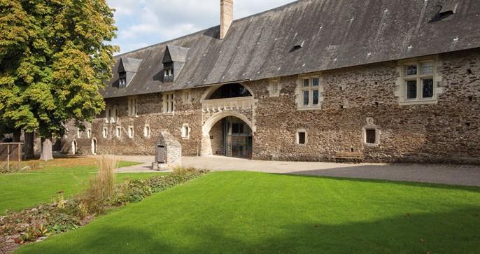 Château du Plessis-Macé (49)